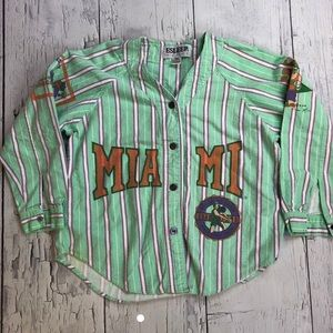 Vintage Miami Hurricanes spellout shirt small 90's